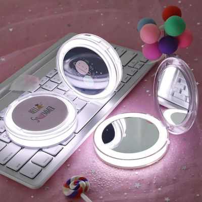 LED Mini Makeup Mirror Hand Held Fold Small Portable Micro USB Connect Cable Chargeableable Cosmetic Mirror LED Light UpPortable