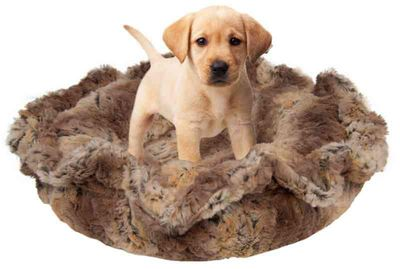 Bessie and Barnie Ultra Plush Simba Deluxe Dog/Pet Lily Pod Bed