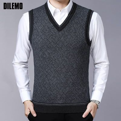 Fashion Brand Sweaters Mens Pullovers V Neck Slim Fit Jumpers Knitwear Vest Sleeveless Winter Korean Style Casual Clothing Men