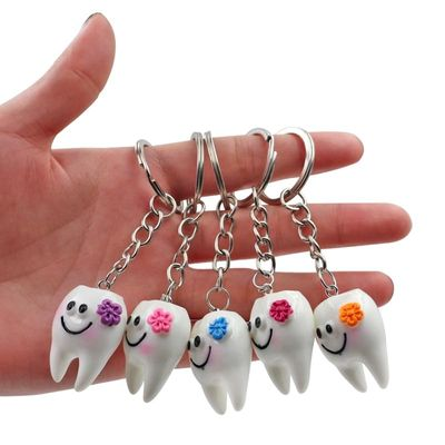 10pcs Dental Teeth Shape Model Simulation Tooth Key Chain Fashion Cartoon Lovely Girls  Gift Pendant Teeth Key Chain