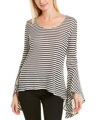 rain and rose Bell-Sleeve Top