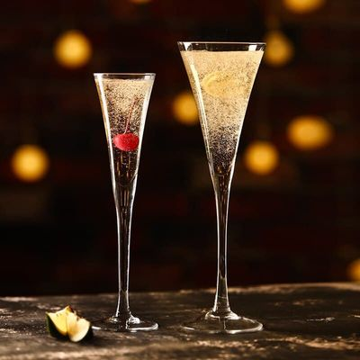 INS V-shape Wedding Champagne Coupes Trumpet Shape Cocktail Glass For Bar Home Used Blend Martini Cup Rum Sparkling Wine Goblet