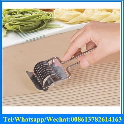 mini stainless steel noodle pasta tool for home use hand push and cutting noodle cutter