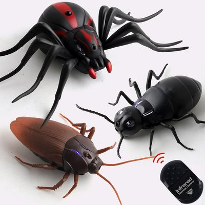 Infrared RC Remote Control Animal Insect Toy Kit for Child Kids Adults Cockroach Spider Ant Prank Jokes for Boys Pet Cat Dog