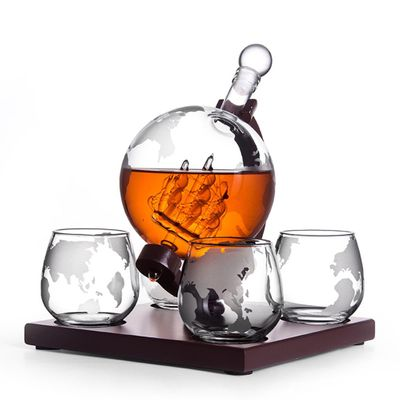 1000ml Whiskey Decanter Antique Ship Whiskey Dispenser For Liquor Bourbon Vodka Globe Decanter With Finished Wood Stand