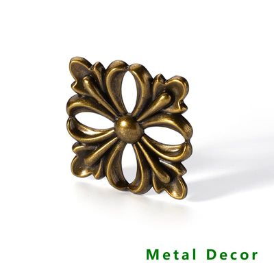 traditional country style metal Decor electronic plating zinc alloy antique brass color furniture frame leg head post decoration