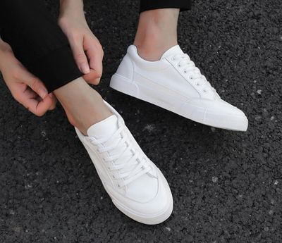 2019 new style white sneakers men breathable leisure shoes popular shoes high quality fashion Super confident men black sneakers