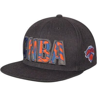 New York Knicks Mitchell & Ness Insider Reflective Snapback Adjustable Hat - Gray